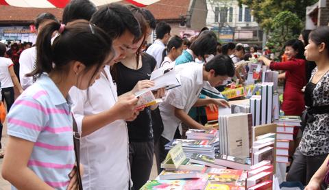 Ngày 21/4 được chọn là ngày Sách Việt Nam